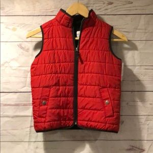 NWT. Carters size 6 fleece lined puffer vest. Red